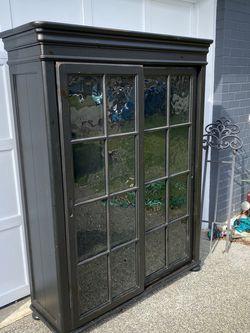 Lovely Hardwood Cabinet for Sale in Seattle,  WA
