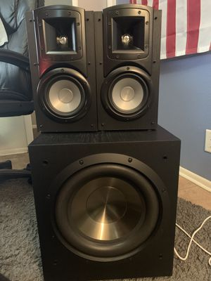 Klipsch bookshelf speakers and Bic America subwoofer for Sale in Guadalupe, AZ