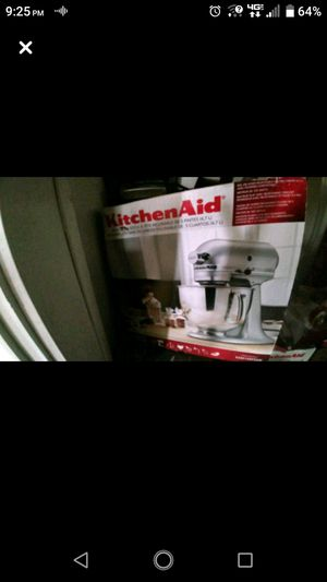 Brand new KitchenAid mixer for Sale in Bluefield, WV