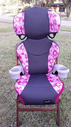 EVENFLO BOOSTER CAR SEAT for Sale in Ponte Vedra Beach, FL