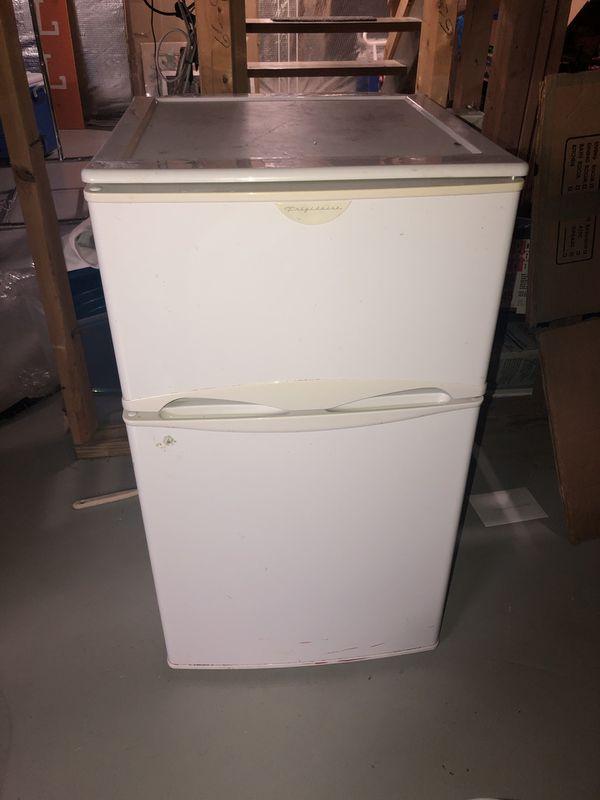 Fridge/Freezer combo