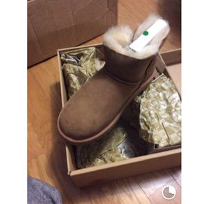 Women ugg boot size 6.5 for Sale in Rockville, MD