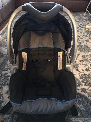 Baby trend car seat with base for Sale in RANCHO SUEY, CA
