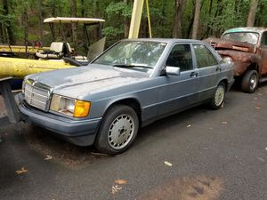 Mercedes Benz 190E 1988 for parts for Sale in Suwanee, GA