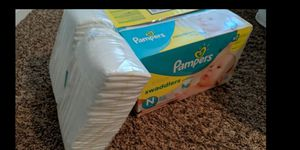 Pampers swaddlers diapers size 0 newborn for Sale in North Bend, WA