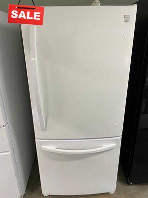 33 in. Wide Refrigerator Fridge Kenmore Bottom Freezer #1426 for Sale in Lake Mary, FL