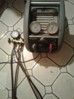 A/C Freon recovery machine and guages for Sale in Arlington, TX
