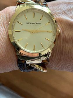 New! Never worn! Michael Kors Link Watch! for Sale in Renton,  WA
