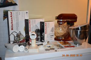 Kitchen aid Mixer Bundle for Sale in Obetz, OH