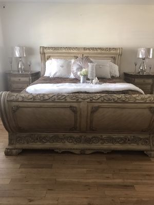 BEDROOM SET CAL KING MARBLE TOPS for Sale in Irwindale, CA