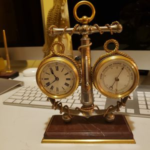 Compass whit termometer clock antique for Sale in Cicero, IL