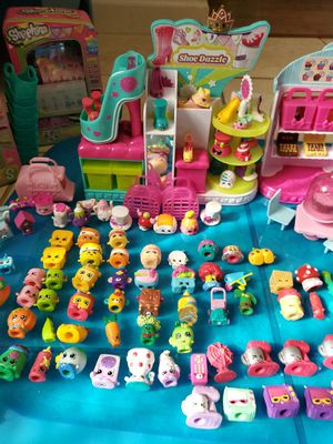 116 Shopkins and accessories for Sale in Indianapolis, IN