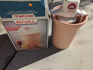 RIVAL 8605 PC 6 QT. VINTAGE ELECTRIC ICE CREAM & YOGURT FREEZER MAKER for Sale in Phoenix, AZ