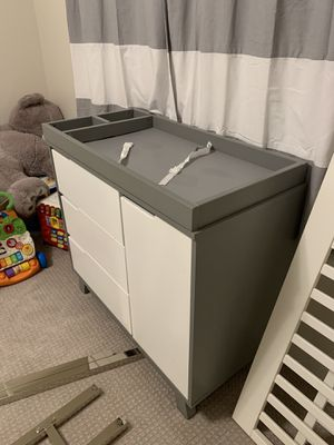 FREE baby changing table for nursery for Sale in Seattle, WA