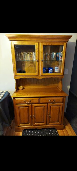 Lighted hutch cabinet for Sale in Brook Park, OH
