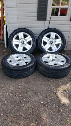 20 inch Chevy Texas edition wheels oem for Sale in Dallas, TX