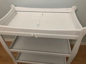 Diaper changing table for Sale in Lisle, IL