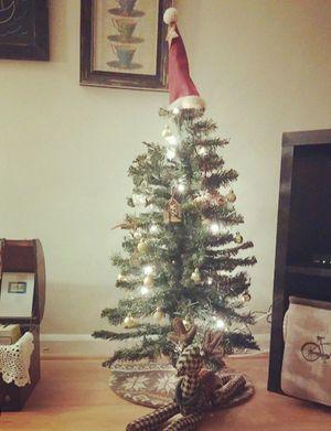 Pre-lit 3ft Christmas Tree for Sale in Arlington, VA