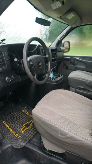 Chevy Express 2011 for Sale in Toledo, OH