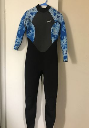 Women's Wetsuit: Excel size 6Tall. Used once for Sale in Austin, TX