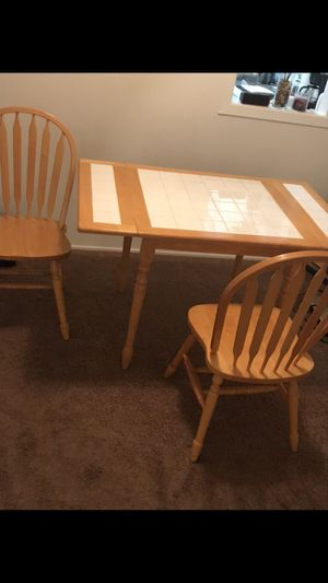 Small kitchen table with sides that fold down for Sale in Pittsburgh, PA