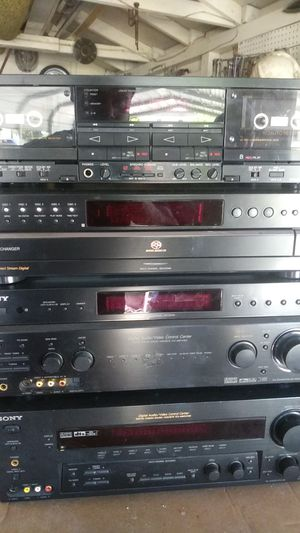 Sony and bose stereo equipment speakers for Sale in Visalia, CA
