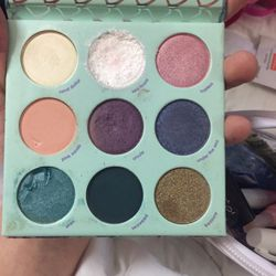 Small Pallette for Sale in San Diego,  CA