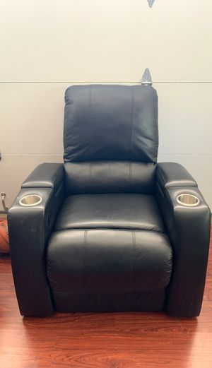 Black leather Recliner Chair for Sale in Fremont, CA