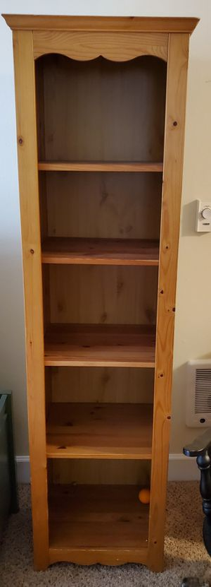 BEAUTIFUL Pine Wood Shelving Unit Tower for Sale in Renton, WA