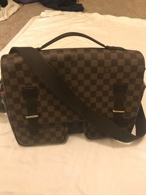 Louis Vuitton Damier Ebene Broadway Side Bag for Sale in Tracy, CA