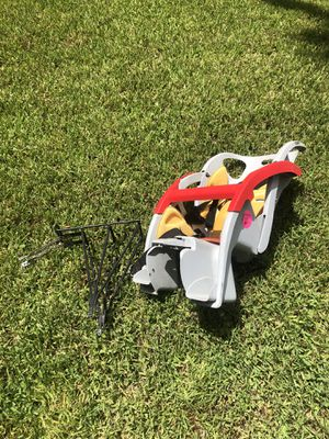 Bike seat for child and rack. Asiento para Ninos for Sale in Miami, FL