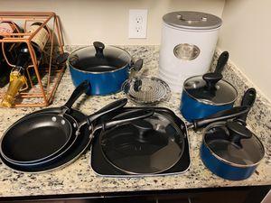 Farberware Cookware Set- Like New for Sale in Manassas, VA
