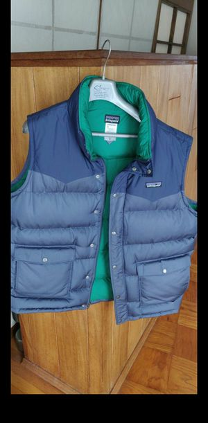 Patagonia Men's Slingshot Down Vest Men's XL for Sale in San Diego, CA