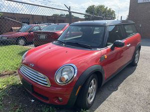 2010 MINI Clubman Cooper Hatchback for Sale in Germantown, MD
