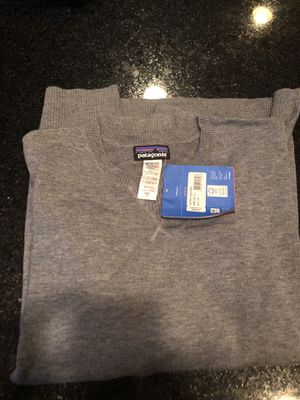Patagonia wool cast sweater men's size xl for Sale in Shelby charter Township, MI