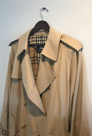 Burberry Male xl trench coat. for Sale in Hidden Hills, CA