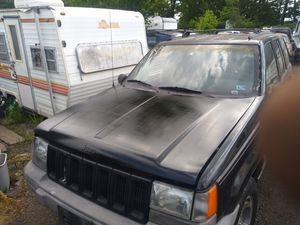 1998 , Jeep Grand Cherokee for Sale in District Heights, MD