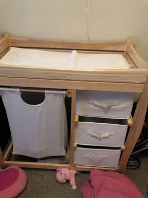 Badger Basket Changing Table for Sale in Nokesville, VA