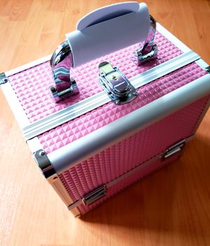 Train Case, Professional Cosmetic Case Makeup Storage Organizer for Sale in Arlington, TX