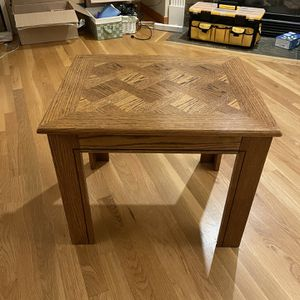Coffee Table - FREE for Sale in Seattle, WA