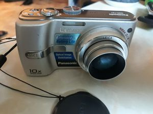Panasonic LUMIX DMC-TZ1 5.0MP Digital Camera - Silver comes with Lumix charger for Sale in San Diego, CA