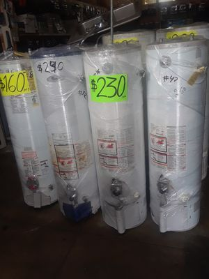 water heater 30 galones 1 ano de garantia for Sale in Los Angeles, CA