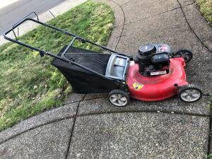 "21"" Lawn Mower for Sale in Wilsonville, OR"