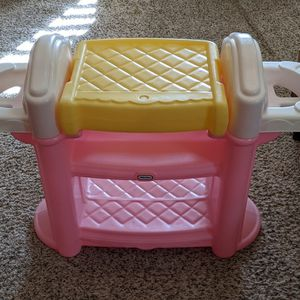 Little Tikes Changing Table for Sale in Chandler, AZ