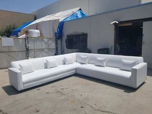 NEW 11X11FT WHITE LEATHER SECTIONAL COUCHES for Sale in Lakewood, CA