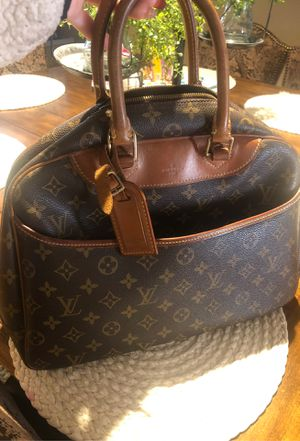Auth LOUIS VUITTON Monogram Deauville Hand Bag for Sale in Nuevo, CA