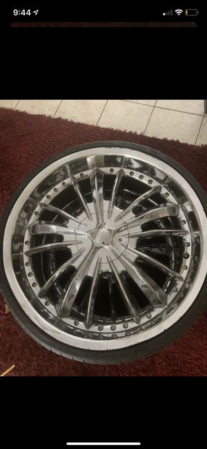 5 Lug 22 inch rims! MUST GO! They do have minor scrapes on them but are in decent condition! $200.00 for all four!May consider price drop if you pic for Sale in Myrtle Beach, SC