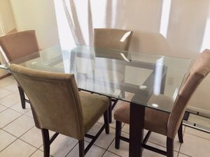 Glass top dining table set for Sale in Tye, TX