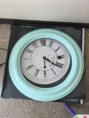 Free Clock for Sale in San Bernardino, CA