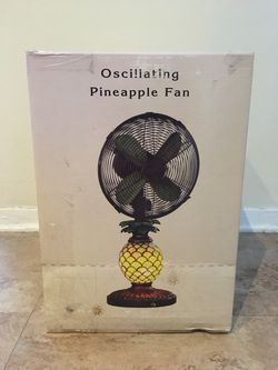 Deco Breeze Oscillating Pineapple Fan with Stained Glass Lamp Base *Brand New* for Sale in Fort Lee,  NJ